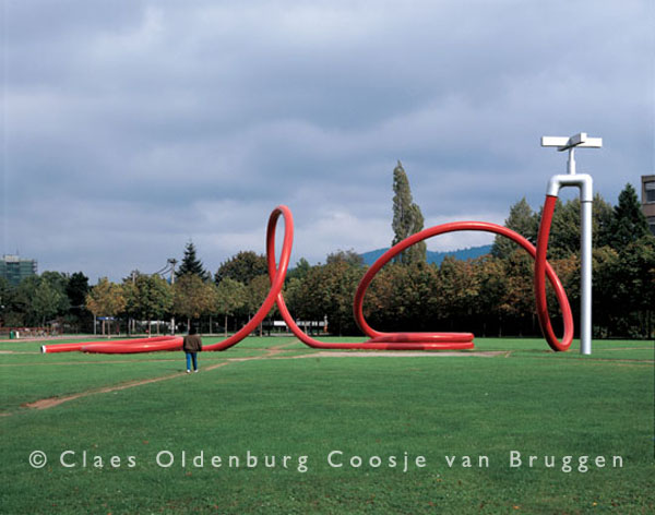 Photo credit: http://oldenburgvanbruggen.com/largescaleprojects/gartenschlauch-01.htm