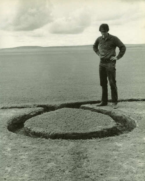 Isolated, by Michael Heizer