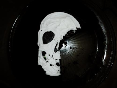 A skull cake