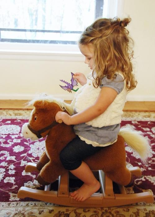 Kaleesi rides.