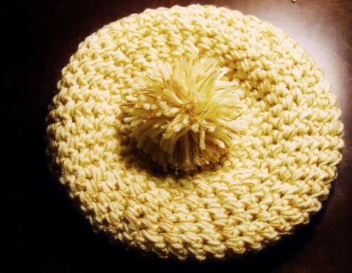 Hat with pom-pom
