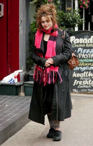 photo-taken-on-19-november-helena-bonham-carter-460619_450_708 (318x500)