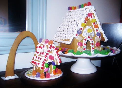 Gingerbread houses and Arch!