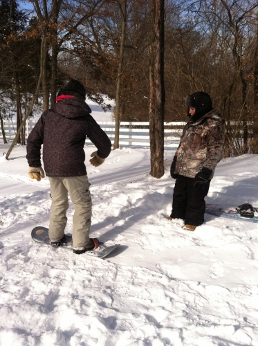 """The Spy getting snowboarding """"lessons"""" from his friend"""