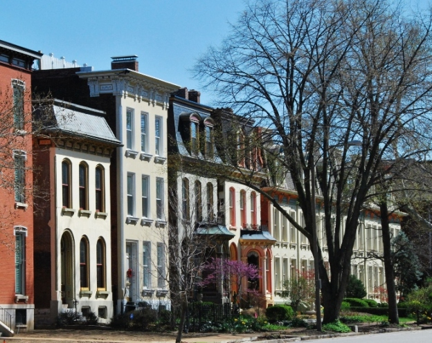 Lafayette Square (a neighborhood in St. Louis)