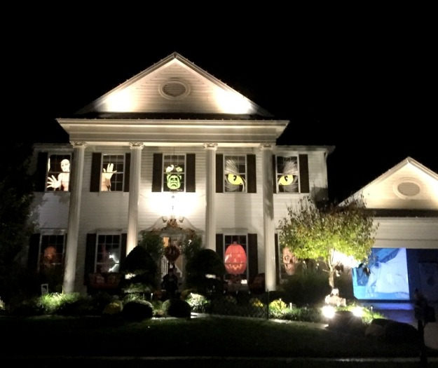 This house went all out; that is Scooby Doo playing in the garage!