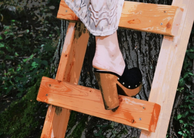 Totally appropriate footwear for a tree house!